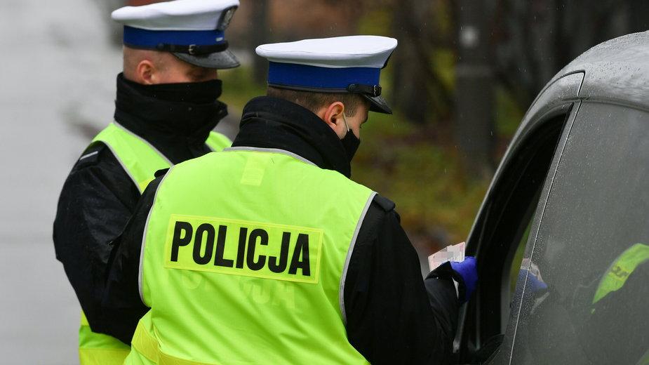 Policjanci podzieleni w sprawie kontrowersyjnego pomysłu rządu w sprawie mandatów