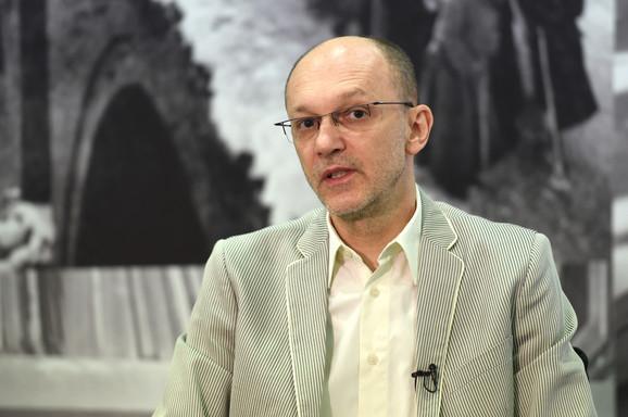 Srbija mora da razvije i infrastrukturu za električna vozila, kaže Trivan