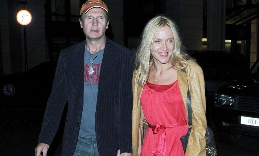 Znany aktor-wdowiec ma kochankę? FOTO