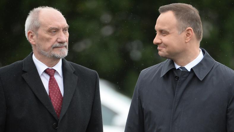 Antoni Macierewicz i Andrzej Duda, kwiecień 2017