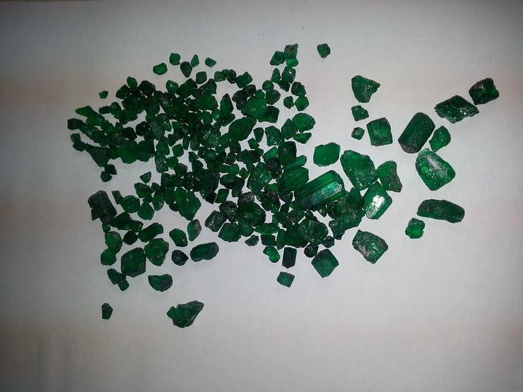 smaragdi rudnik malysheva01 foto