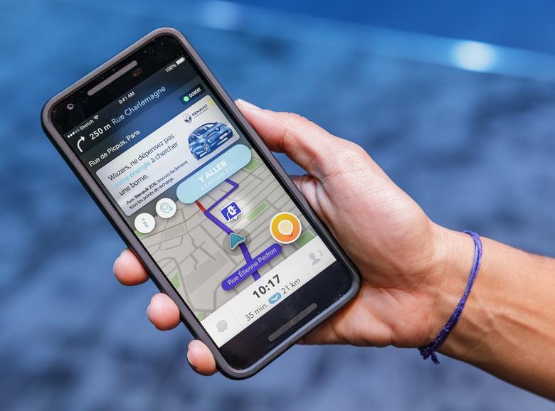 Aplikacja Waze Android Auto najpierw pojawi się w Renault