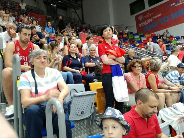 Podrška našim košarkašicama