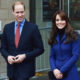 Bardzo szczupła księżna Kate z księciem Williamem w Szkocji