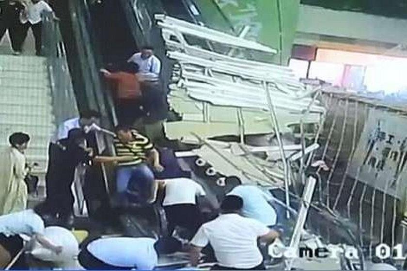 Przerażające sceny w ośrodku turystycznym w Chinach. Na ludzi zawalił się sufit