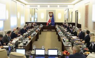 Morawiecki zapowiada redukcję stanowisk wiceministrów
