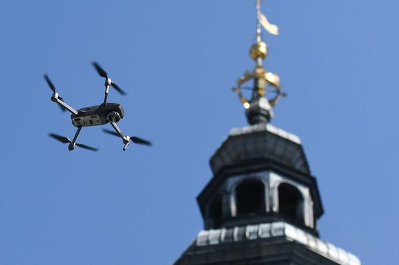 Dronovi nadleću Krakov