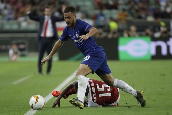 Eden Azar je bio nerešiva enigma za defanzivce Arsenala u finalu Lige Evrope