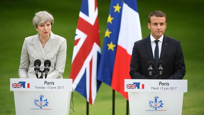 Wielka Brytania i Francja chcą walczyć z ekstremizmem w sieci