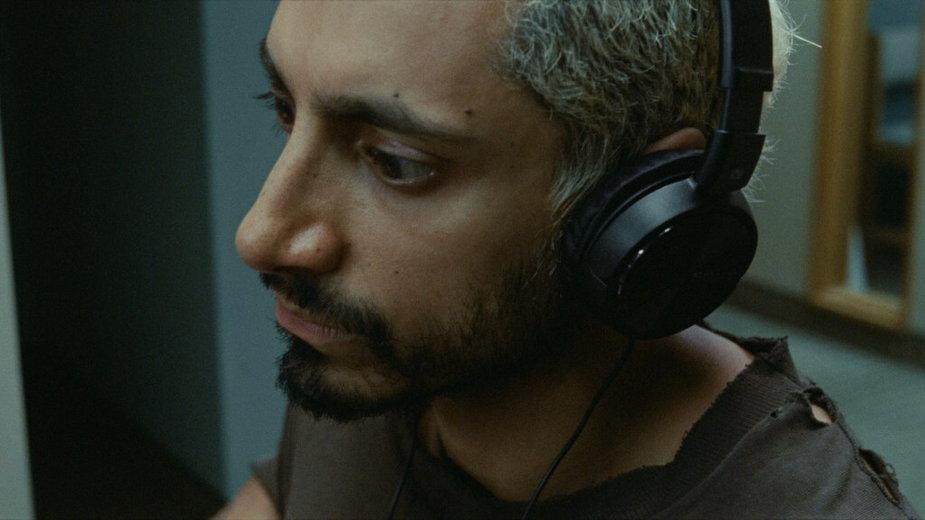 "Riz Ahmed jako Ruben w filmie ""Sound of Metal"""