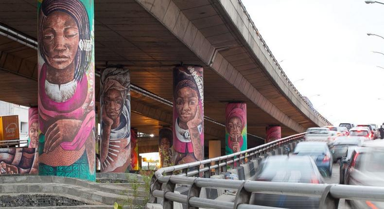 FG postpones Falomo Bridge repairs, partial closure, to announce new date soon. (Guardian)