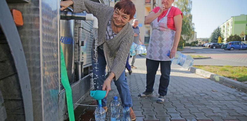 Dramat w Działoszynie! Woda w kranach jest skażona!