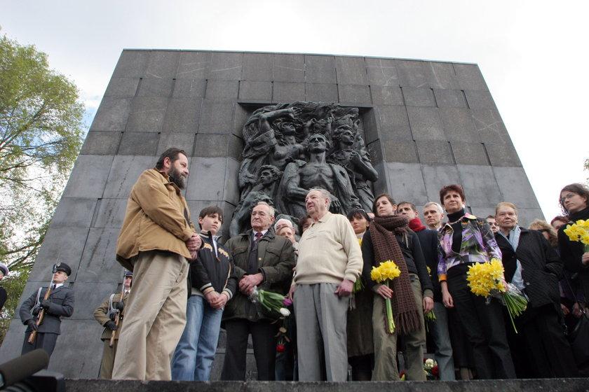 Zostań wolontariuszem w rocznice powstania w getcie warszawskim