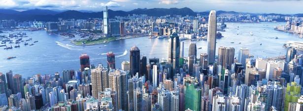 18. Widok na Hongkong z Victoria Peak podziwia rocznie ponad 10 mln osób.
