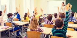 Koronawirus w szkołach. Od poniedziałku nowe zasady zajęć stacjonarnych