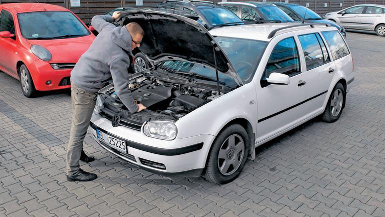 Jak oglądać samochód przed kupnem?