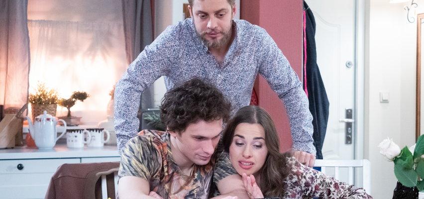 """""""Na Wspólnej"""" odcinek 3294. Bruno publikuje swoje ogłoszenie w internecie. Odnajdzie piękną Natalię?"""