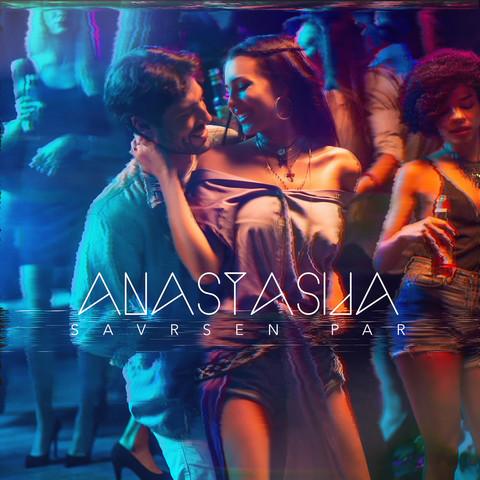 Publika oduševljena pesmom Cecine naslednice: Anastasija otkrila kako je seksi maneken završio u njenom spotu! VIDEO
