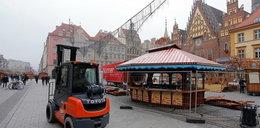 Powstaje bajeczny jarmark świąteczny na Rynku