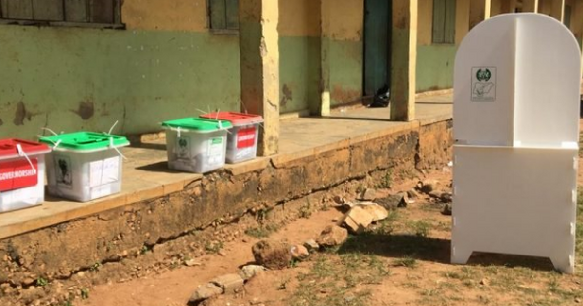 Kogi Elections: INEC officials run for their lives as thugs storm polling unit - Pulse Nigeria