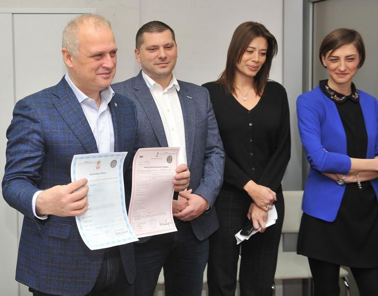 Nikodijević i Vesić na predstavljanju Registara matičnih knjiga