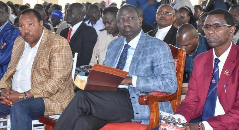 File image of Deputy President William Ruto (C) with Kiambu Governor Ferdinand Waititu (L) and Ruiru MP Simon Ng`ang`a at a past church event