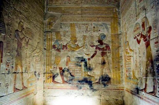 Świątynia Ozyrejon w Abydos