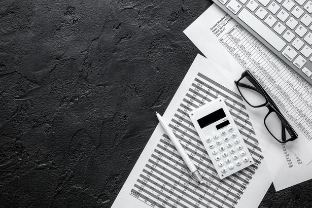 Firmy zagrożone bankructwem z powodu pandemii dostaną więcej czasu na złożenie wniosku o ogłoszenie upadłości - przewiduje projekt nowych rozwiązań legislacyjnych przygotowany przez Ministerstwo Aktywów Państwowych i Ministerstwo Sprawiedliwości.
