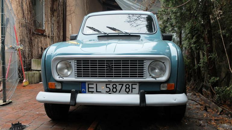 Łódzki żandarm - Kupujemy Renault 4