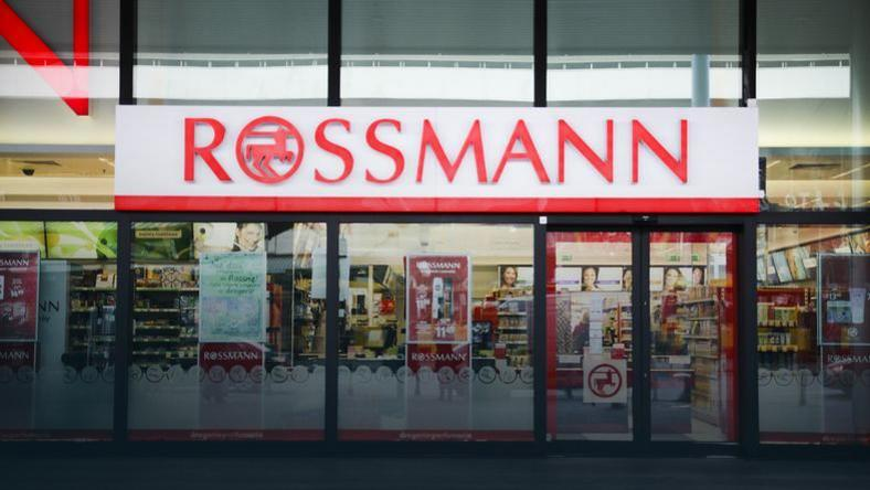 Rossmann promocja 55 proc. na kosmetyki do makijażu. Od
