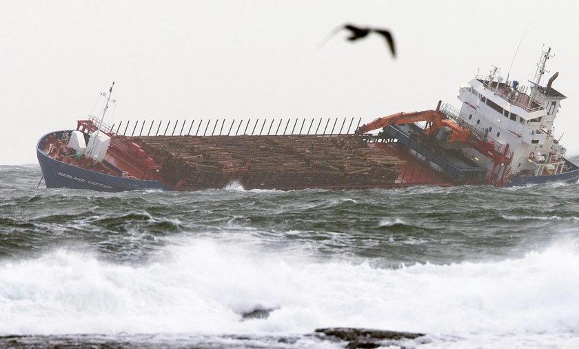 Drugi statek potrzebuje pomocy w rejonie awarii wycieczkowca
