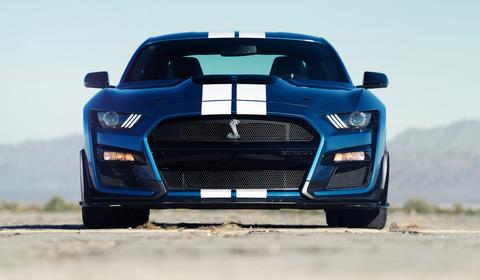 Ford Mustang Shelby GT500 – mocarz