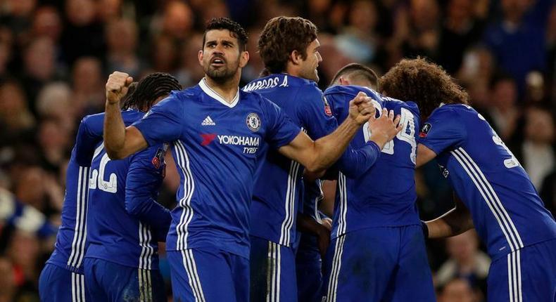 Kante celebrates scoring their first goal with teammates