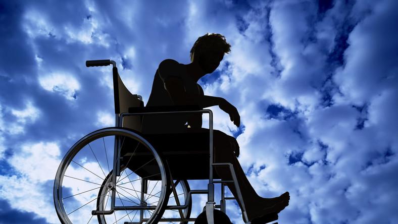 Wózek inwalidzki sterowany myślami już jest!
