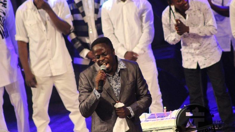 Ofori Amponsah performed some of his highlife songs at Lumba's birthday concert