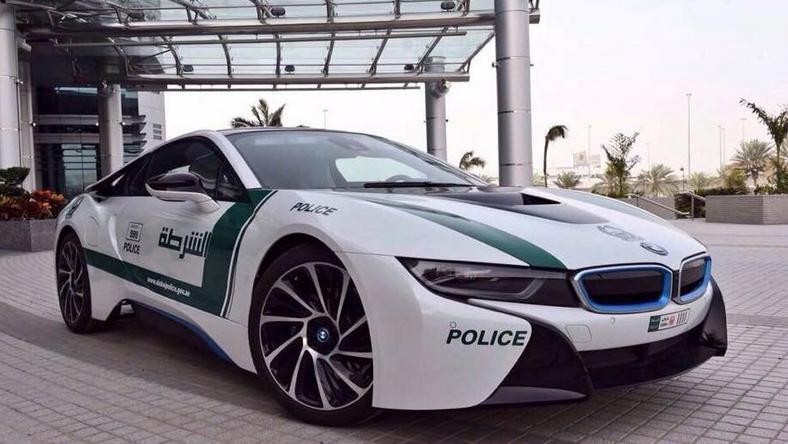 Bmw I8 Kolejny Luksusowy Radiowoz W Dubaju Moto