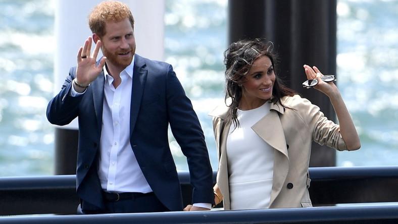 Dosłownie chwilę po tym, jak podano oficjalną informację o ciąży Meghan, para książęca wyruszyła w podróż do Australii, Nowej Zelandii, Fidżi i Tonga - aż tyle miejsc odwiedzą w ciągu najbliższych 3 tygodni...