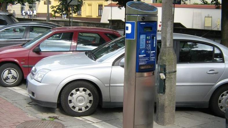 Rewolucja parkingowa wchodzi w życie. Będą korekty?