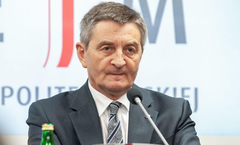 Marek Kuchciński wielokrotnie latałz rodziną za nasze pieniądze