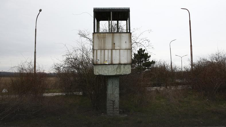 The Wider Image: Europe's abandoned border posts