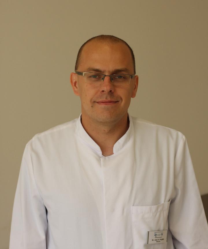 Dr Krzysztof Pujdak