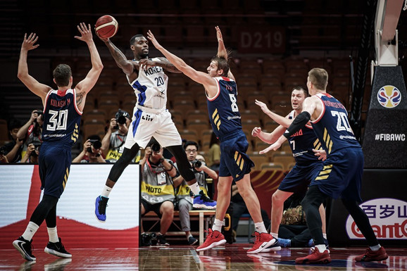 Košarkaši Rusije na defanzivnom Mundobasket zadataku protiv Južne Koreje