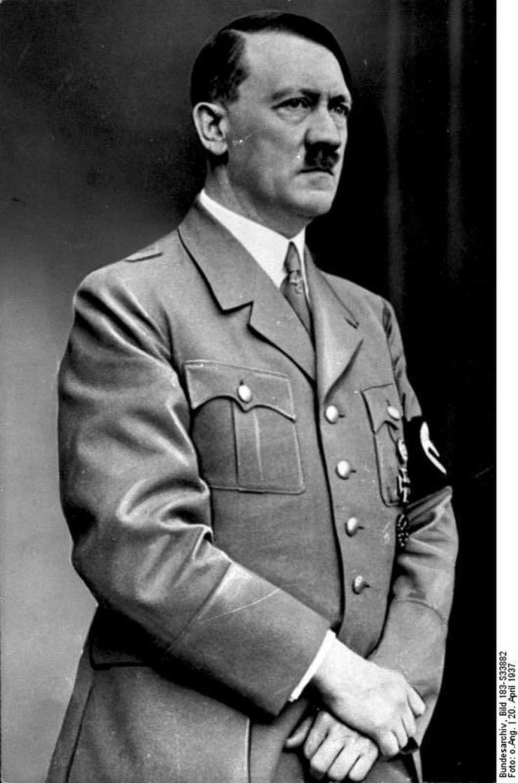 geli raubal hitler03 foto Wikipedia German Federal Archive