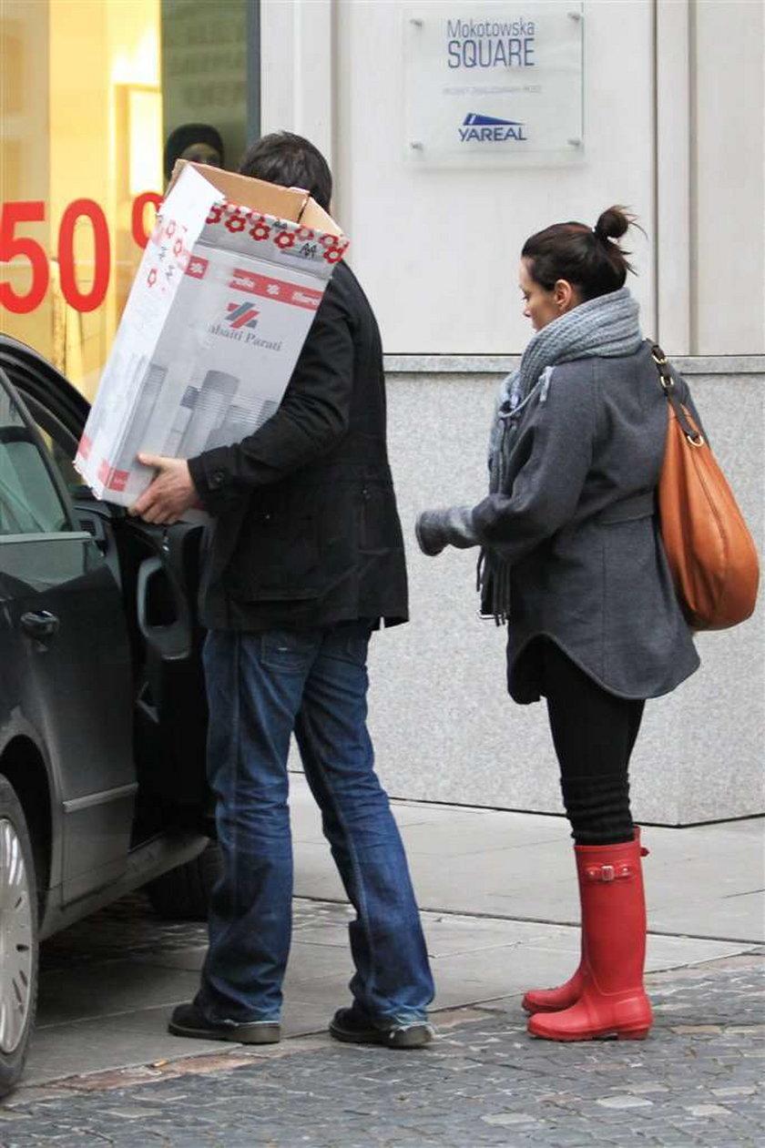 Katarzyna Glinka kupuje tapetę
