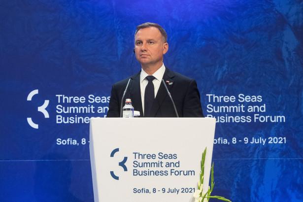 Prezydent Polski Andrzej Duda podczas konferencji prasowej w ramach 6. Szczytu Inicjatywy Trójmorza w Sofii.