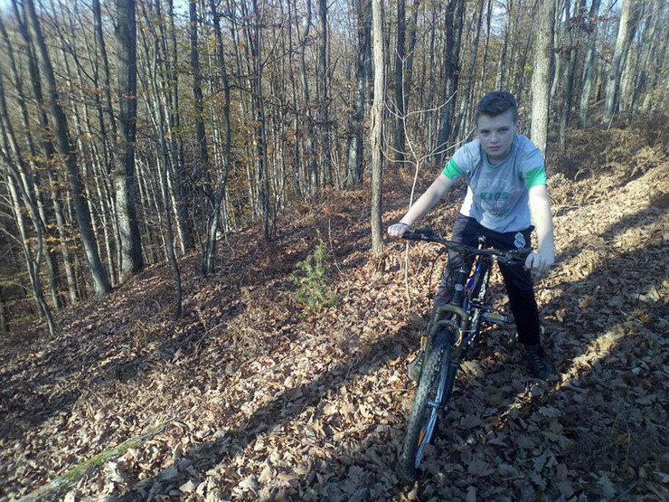 djeca-bicikl-potkozarje-šuma