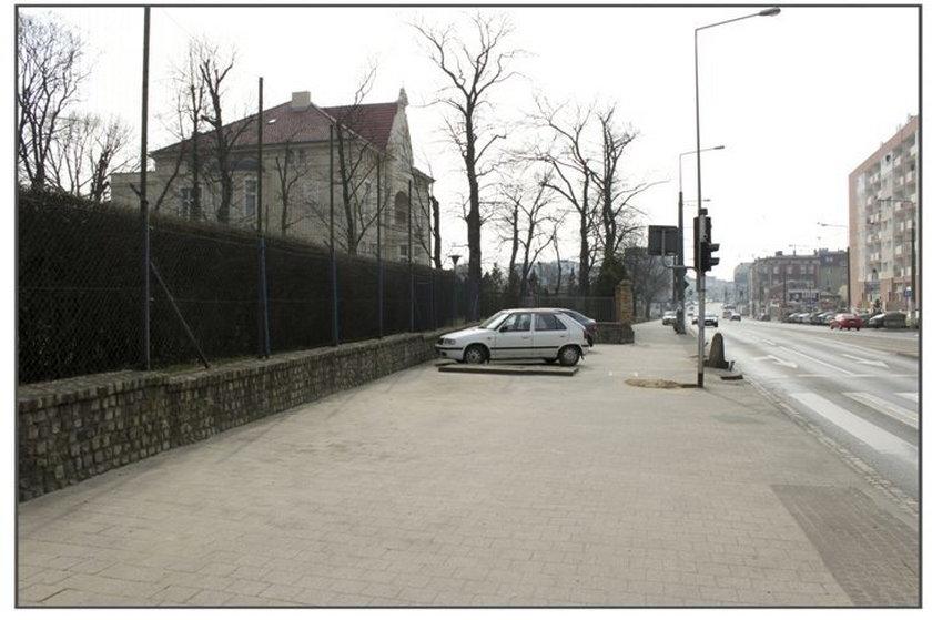 Nowe ławki i więcej zieleni na Głogowskiej