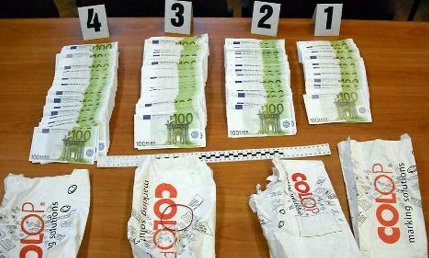 Zobacz 250 tys. fałszywych euro