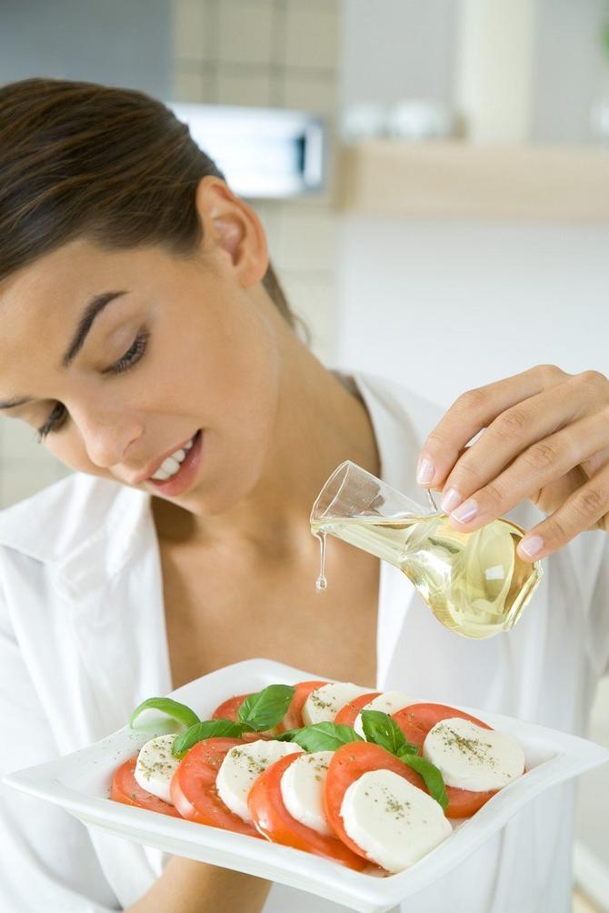 Sveže povrće i maslinovo ulje su nezamenljivi