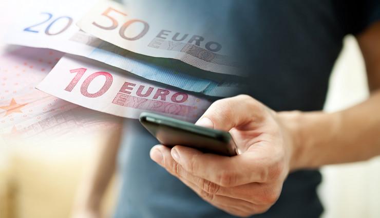 prijava telefon evri kombo RAS Shutterstock